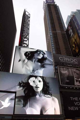 American Apparel Ad on Times Square